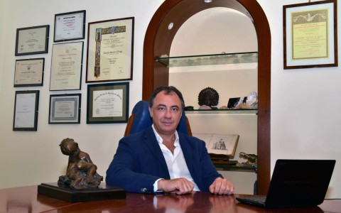 DR. ANTONIO SCOTTO